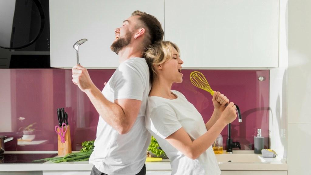 planes-en-pareja-para-estar-en-casa-2